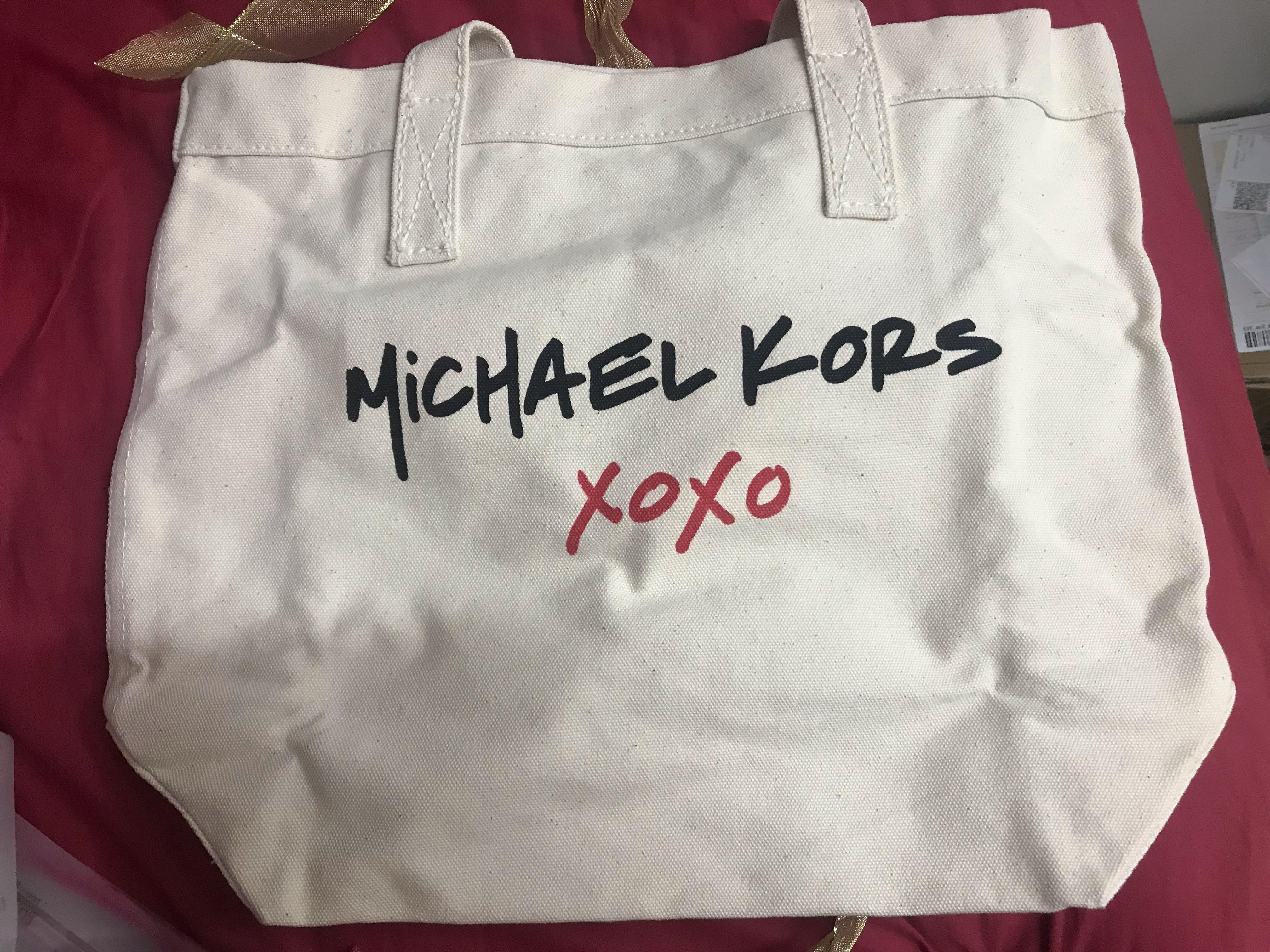 Michael Kors麻布上肩袋
