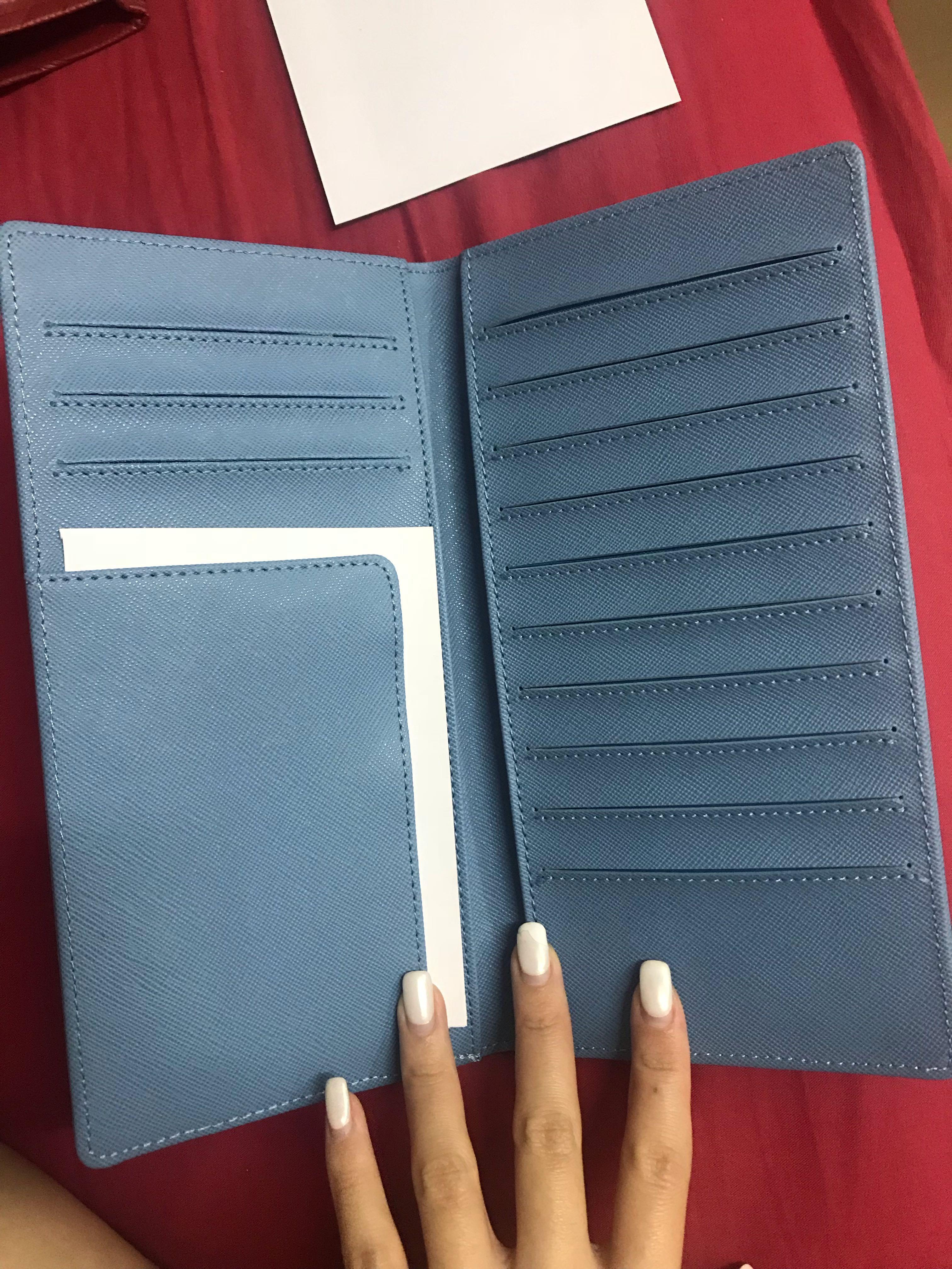 Michael Kors passport / card case
