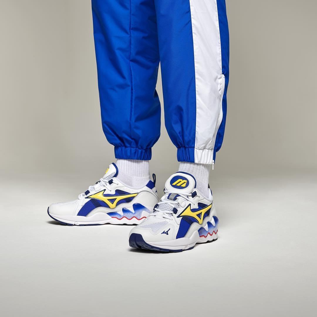 Mizuno Wave Rider 1 OG White Blue Yellow 028f325a40e4e