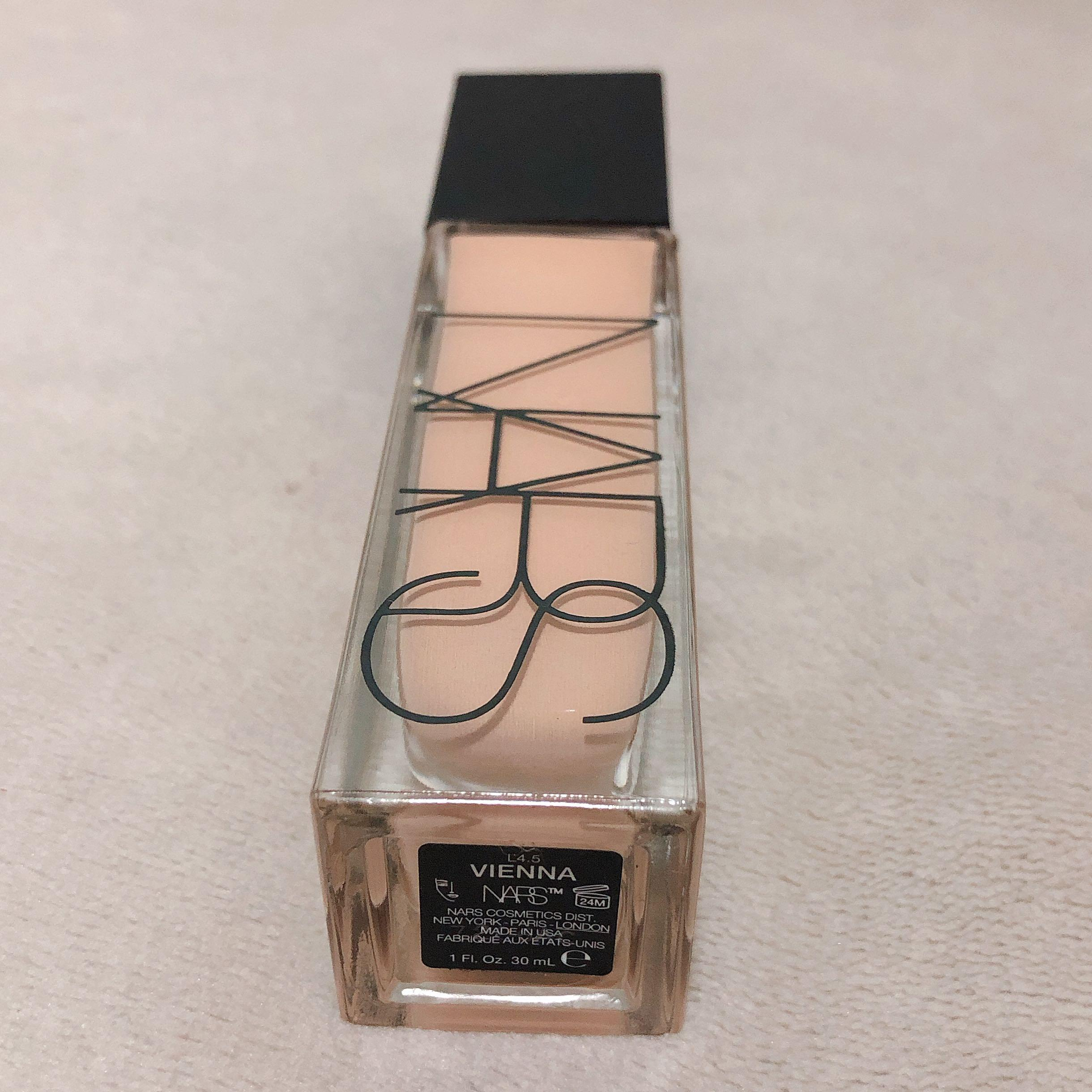 NARS Natural Radiant Longwear Foundation #Vienna