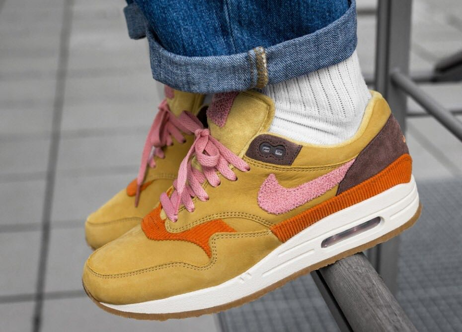 c1e1c268c2 Nike Air Max 1 Crepe Wheat Gold/Rust Pink, Men's Fashion, Footwear,  Sneakers on Carousell