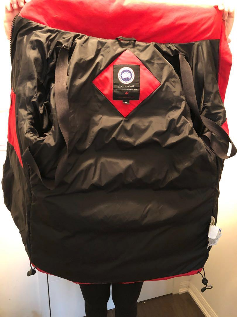Canada Goose 'Solaris' coat, size small (red)