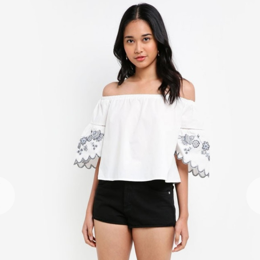 a604299f804 Something Borrowed Embroidered Off Shoulder Top, Women's Fashion ...