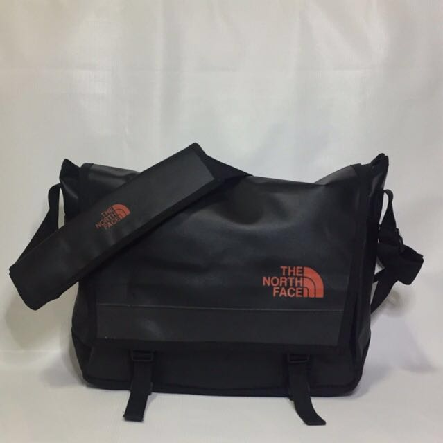 cheek Transcend Sympathize  The North Face Base Camp Messenger Bag, Men's Fashion, Bags & Wallets on  Carousell
