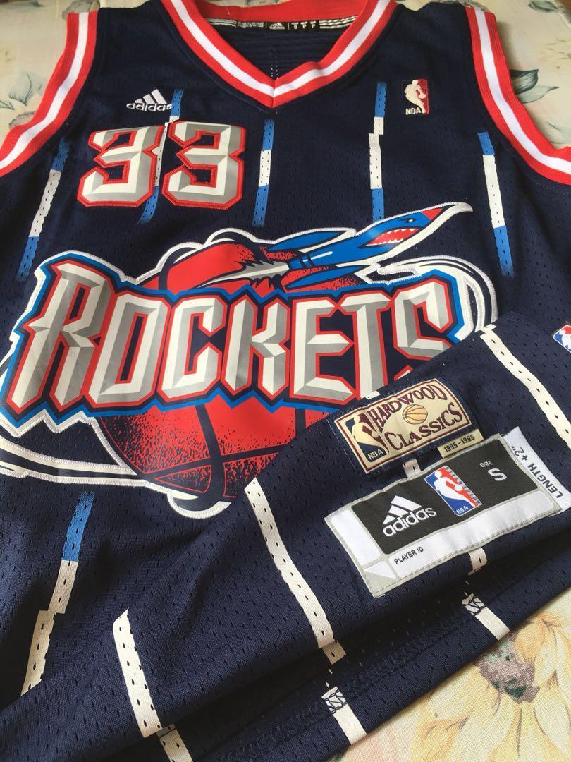outlet store ec3e7 bc57b Vintage Jersey Houston rockets Scottie Pippen on Carousell