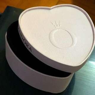 Pandora 特別版 首飾盒 心心形狀 🧡