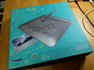 wacom bamboo one 繪圖板