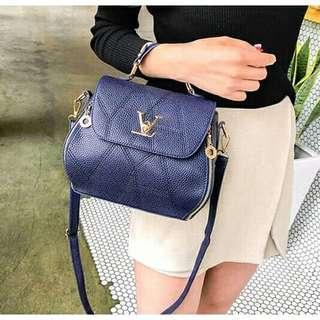 Sling Bag LV1