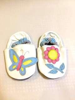 Infant leather shoe