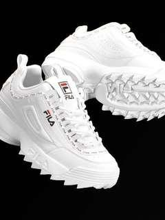 🚚 fila disruptor 2 / tapey tape (authentic)
