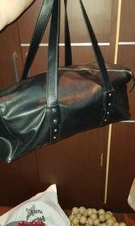 ZARA Man Keepal Duffle zigzag zipper edition