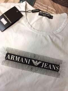 🚚 Armeni經典T桖