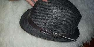 Morris hats cap with woven leather belt