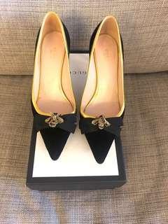 9成新Gucci經典蜜蜂尖頭細根高跟鞋