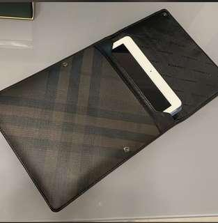BURBERRY SMOKED CHECK TABLET iPAD SLEEVE COVER CASE ITALY