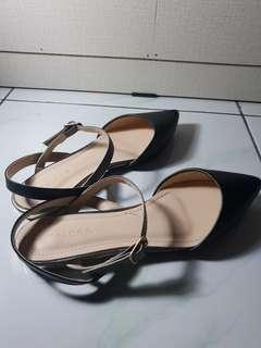 Zalora Ankle Strap Flats (no nego ya udah jual rugi 😂)