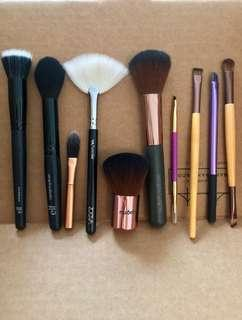 Mixed set of 10 makeup brushes - Zoeva, E.l.f., Ecotools, Real Techniques, Tarte Cosmetics, Nude by Nature