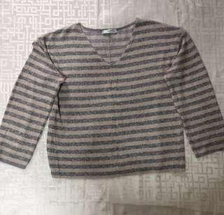 SALE!! Sweater   Semi Crop Top