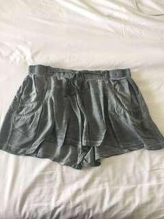 Tigerlily Indigo Shorts Size 14 (has elastic and a tie so fits most sizes)