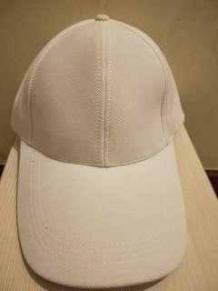🚚 全新限量款白色棒球帽