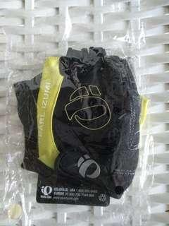 Pearl Izumi gloves size M in package