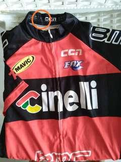 Cycling Jersey XL. Brand new not worn