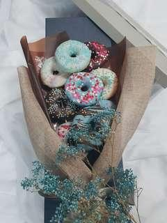 🚚 Delish Donut Bouquet