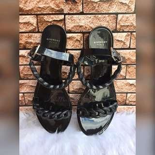 Authentic Givenchy Black Jelly Chain flats