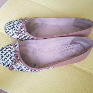 Nude pattern flat shoes : real leather