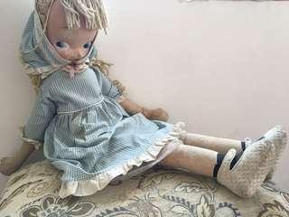 巨大英國娃娃1980s