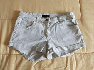H&m short pants in good consition