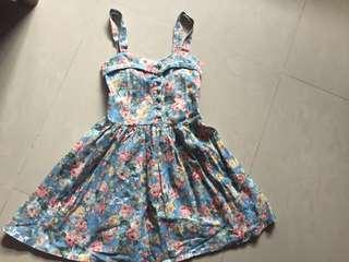 Floral dress 🌸💕