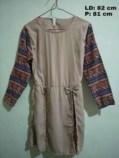 blouse peach tribal