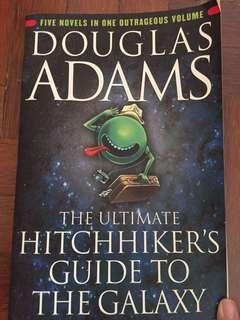 Ultimate hitchhiker's guide to the galaxy 5 in 1 stories plus bonus story 'Young Zaphod Plays It Safe'