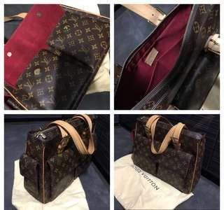 Louis Vuitton Multipli Cite Document Shoulder Bag