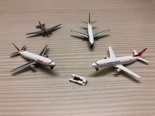 大航空公司飛機✈️模型,高質像真度,比較細小容易收藏擺設。每隻$168