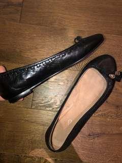 Leather aldo flats 38