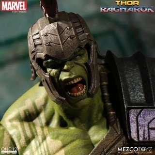 Mezco Hulk
