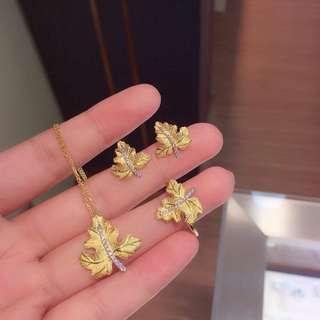 18k Gold w/ Diamonds