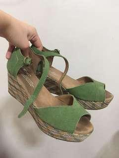Tom's green wedge shoes