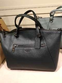 🚚 AUTHENTIC Coach Sling Bag (BRAND NEW)