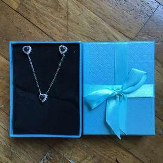 Necklace and earring set crystal