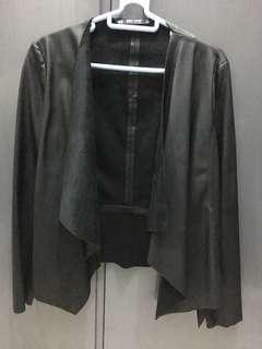 Zara leather jacket (size xs)