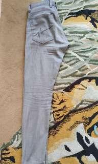 Celana custom