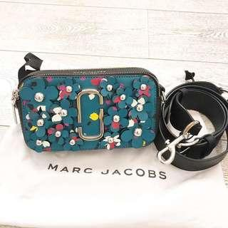 Authentic preloved like new marc jacobs snapshot