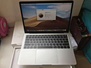 "Brand new US MacBook Air 13"" 2018 8GB 128GB Silver, Warranty date 30-1-2020"