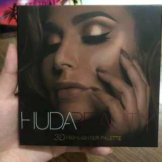 Huda Beauty Highlighter in Golden Sands