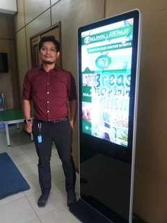 Monitor Kiosk display Monitor for rent
