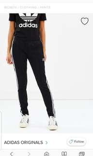 ADIDAS TRACK PANTS BLACK SMALL
