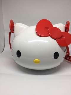 hello kitty head lunchbox